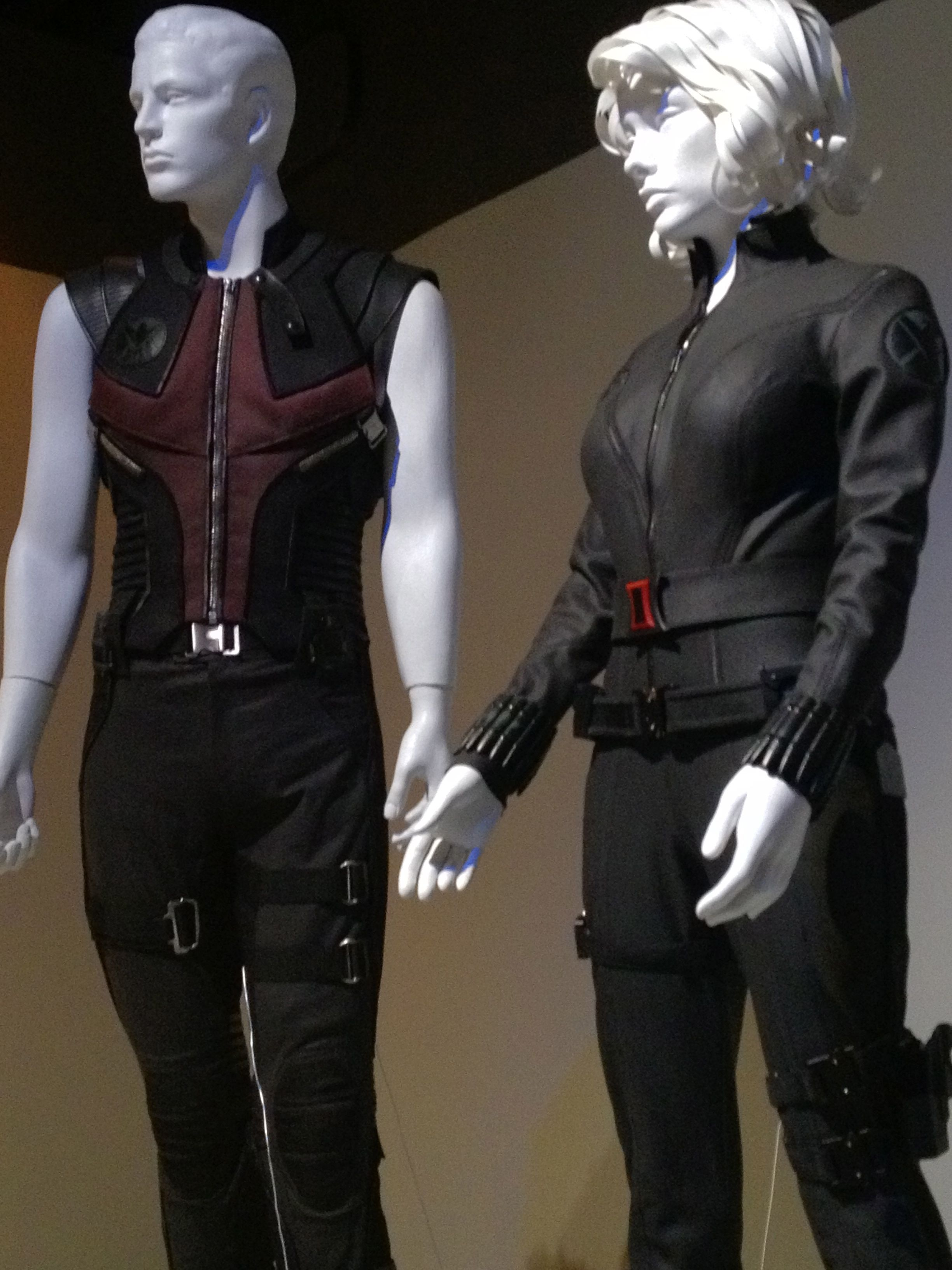 Avengers Hawkeye and Black Widow  sc 1 st  Pinterest & Avengers: Hawkeye and Black Widow | Hawkeye Cosplay reference ...