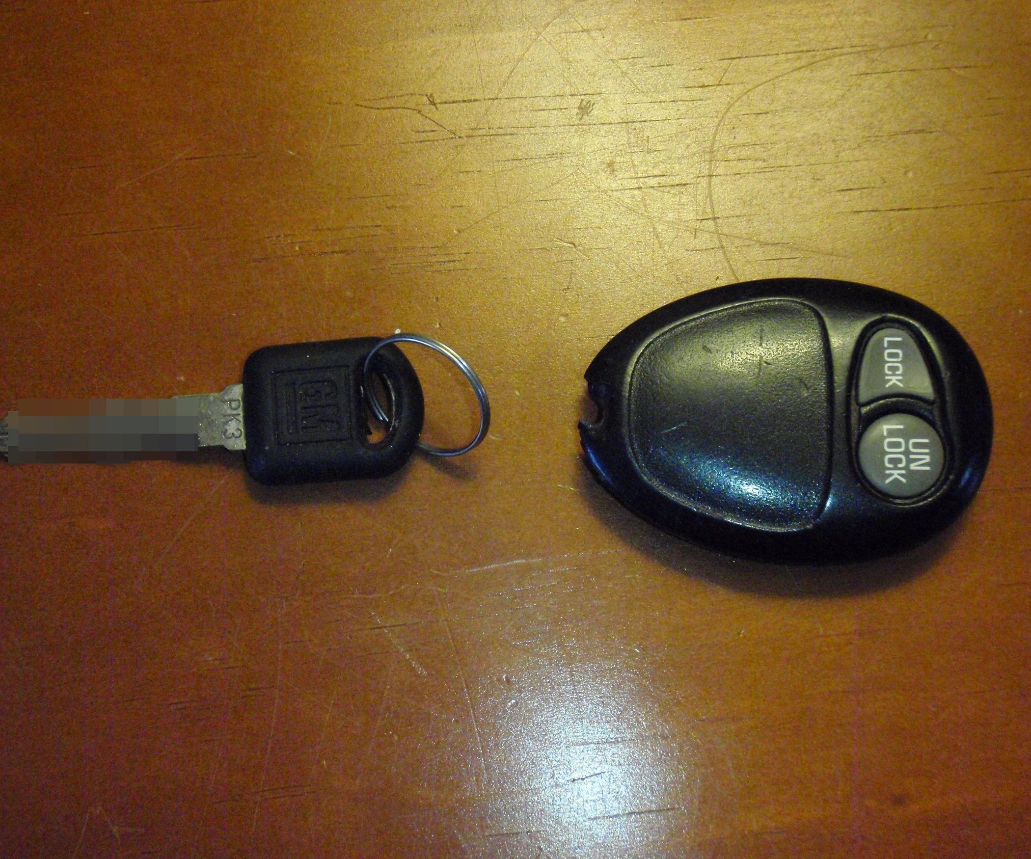 Gm Key Fob >> How To Fix A Broken Gm Key Fob Household Tips Car Key Fob Key