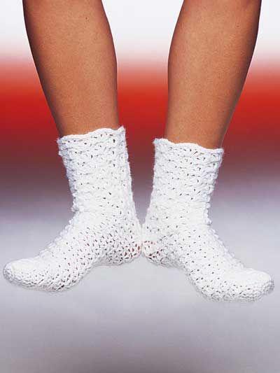 Free Easy To Crochet Socks Pattern Crafty Crochet Plus Pinterest