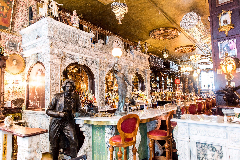 Inside New York S Oscar Wilde Themed Pub Wanna See In 2019