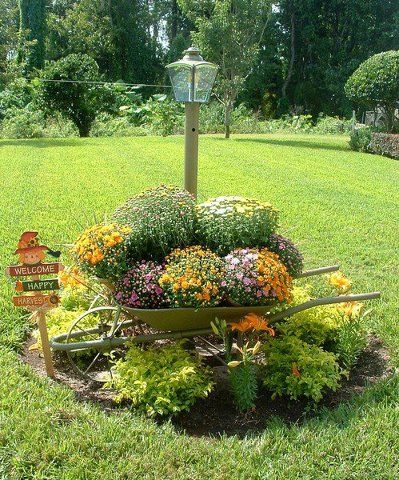 Wheelbarrel planter Landscaping ideas Pinterest Planters - pinterest halloween yard decor
