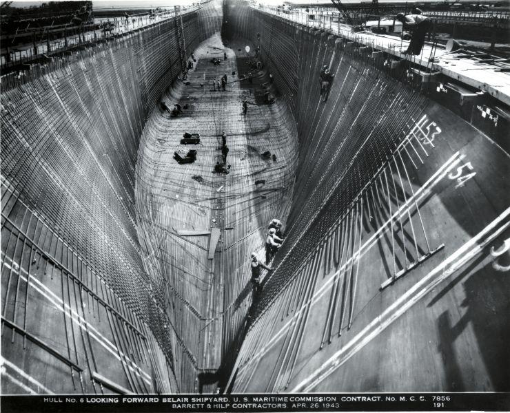 Construcción del navío Liberty (1942). El casco se fabricó de hormigón armado; como aditivo se utilizó Plastiment de la empresa Sika Norteamérica. Fue con este proyecto que Sika ingresó a una rama industrial nueva: la construcción naval.