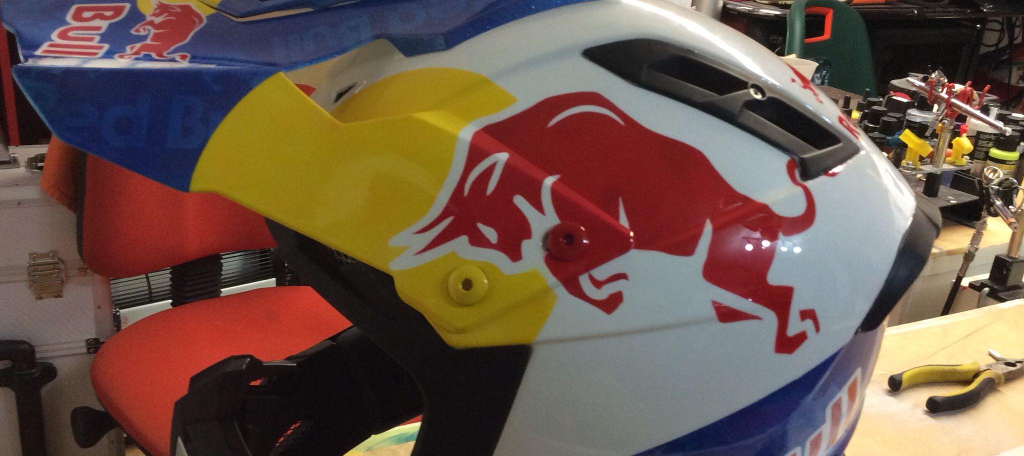Red Bull theme 02