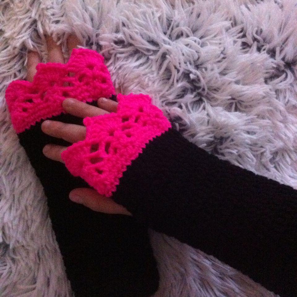 Polswarmers handwarmers vingerloze handschoenen Annemarie Evers /mani di Anne . Je vind me op instagram en Facebook