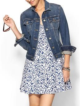 Love denim jean jacket with a dress.  Just need to add boots and some cute jewelry