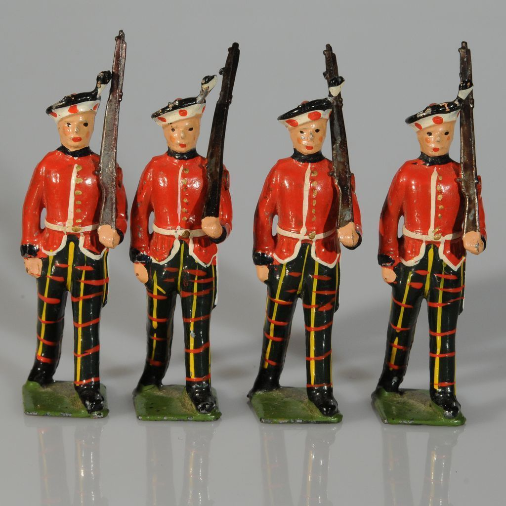how to play with toy soldiers