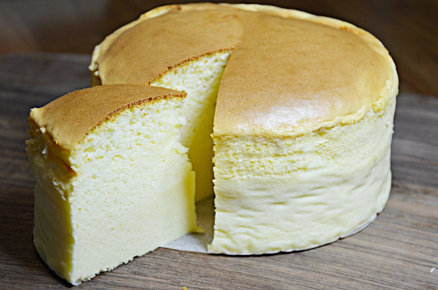 Japanese Jiggly Cake Recipes: How To Make Japanese Cheese Cake