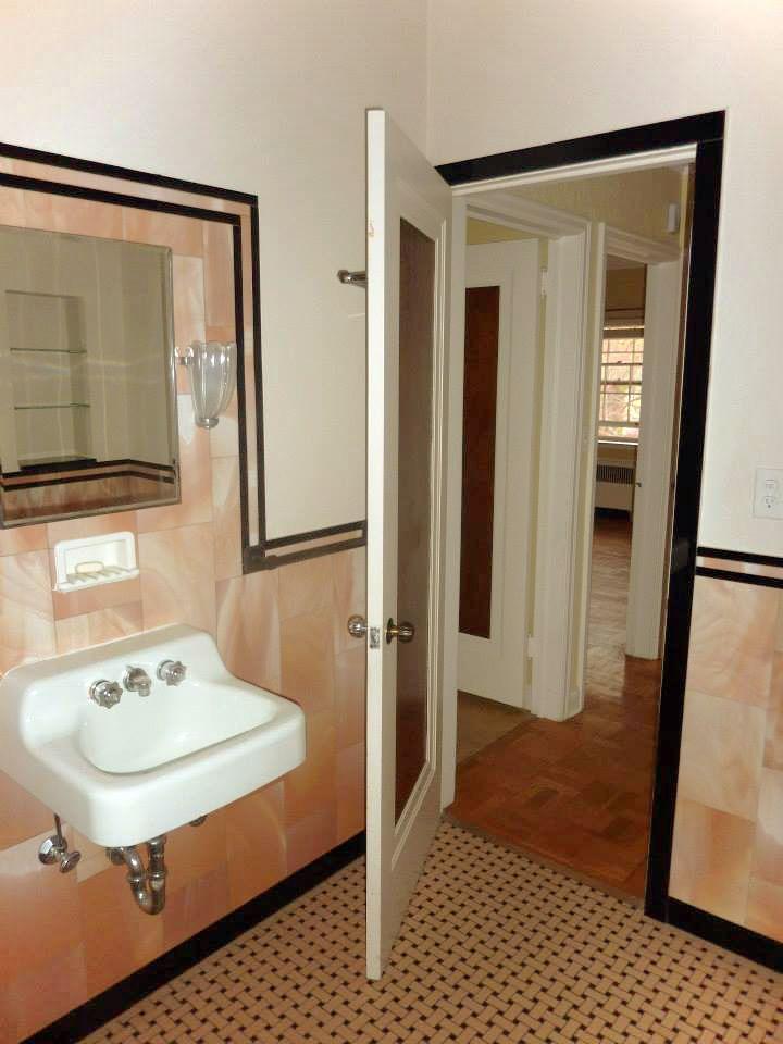 Glass pink and black tile bathroom. | Black tile bathrooms ...