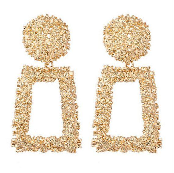 Women Statement Irregular Plated Alloy Pearl Big Stud Earrings Fashion Design