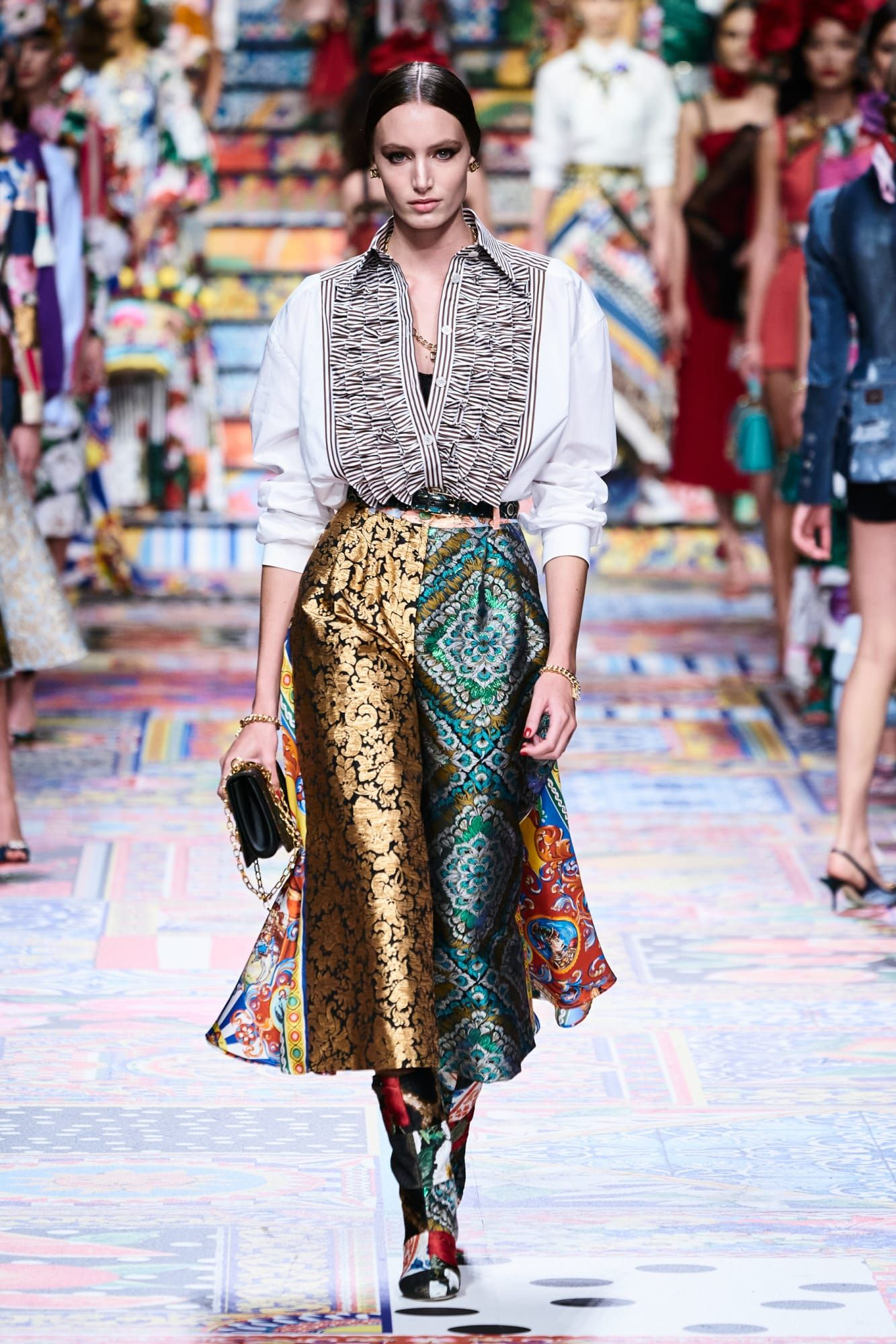 Dolce & Gabbana Takes Inspiration From Handmade Crafts for Spring