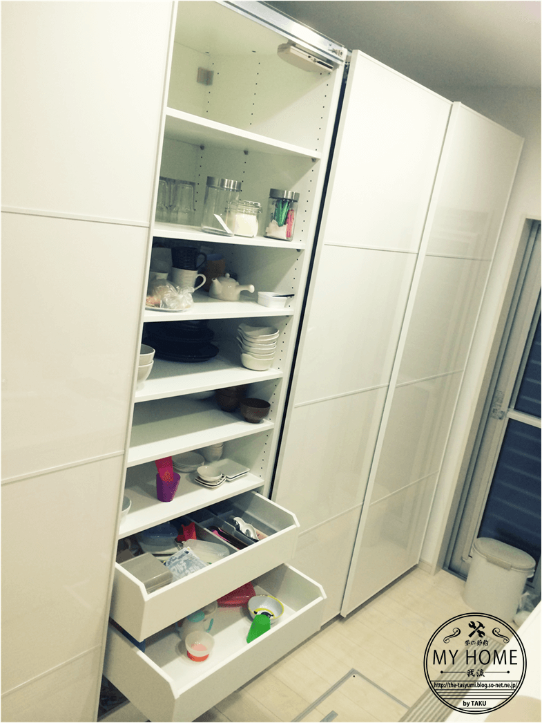 Ikea Paxを食器棚として使う その活用術を一挙公開 我流 夢の節約my Home イケアのパントリー Ikea パックス 食器棚 Ikea