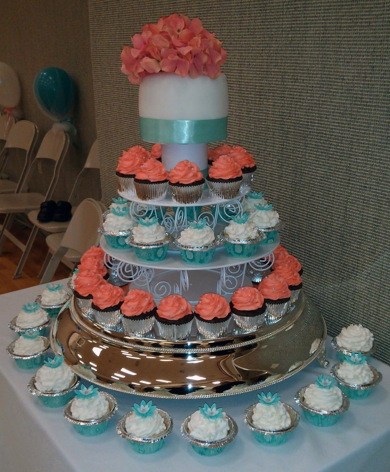 [100] [cake boss square wedding cakes tiffany blue red
