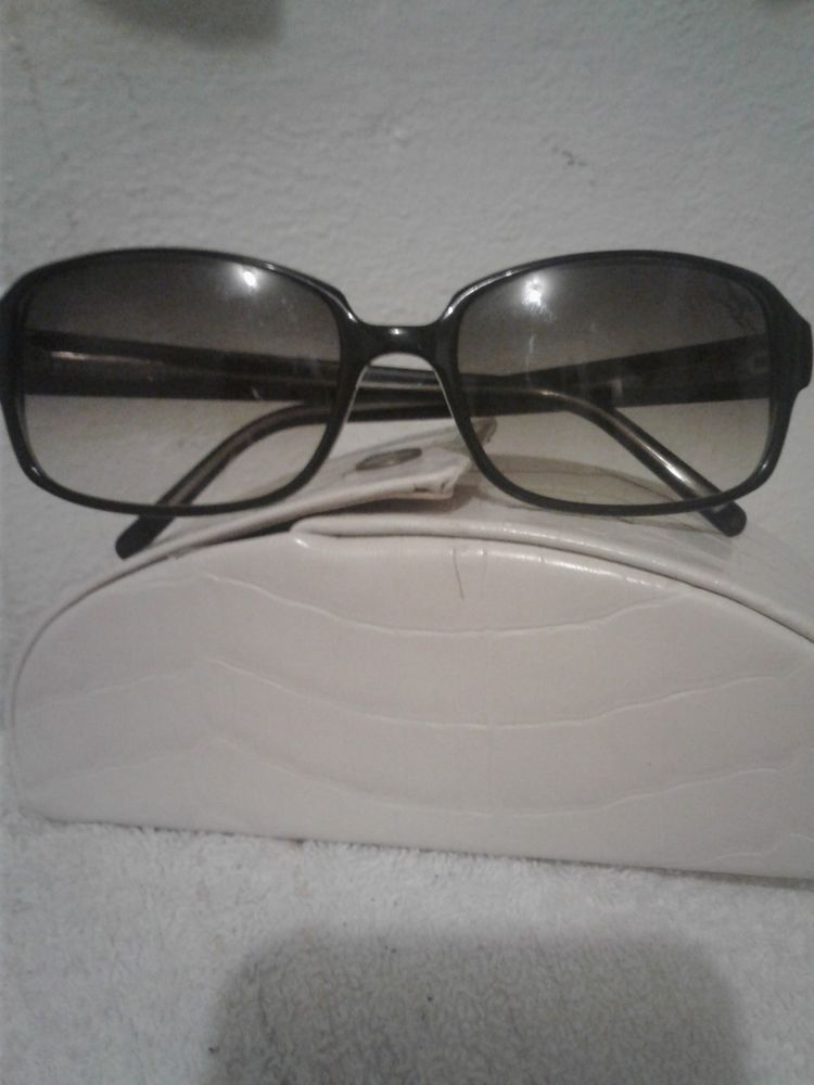 379a4a82b63 Details about Preowned TB 32 SA Tommy Bahama Black Crystal Polarized ...