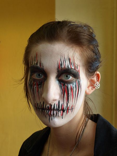 Scarecrow Face Painting Ideas And Other Fall Designs Halloween Schminken Schminken Halloween