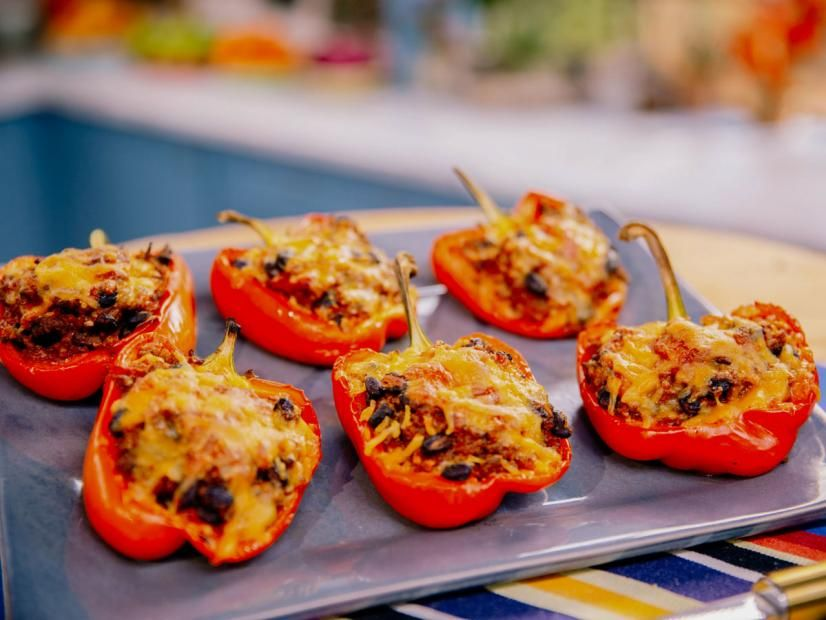 Stuffed Peppers Recipe In 2020 Stuffed Peppers Food Network Recipes Couscous How To Cook