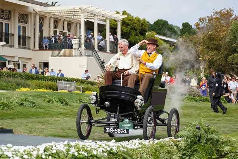 A veteran Toledo steam car from the turn of the last century will be one of the stars of the Regent Street Motor Show on Saturday 1 November 2014. #toledo #veteran #carphile #pebblebeachconcours #cars