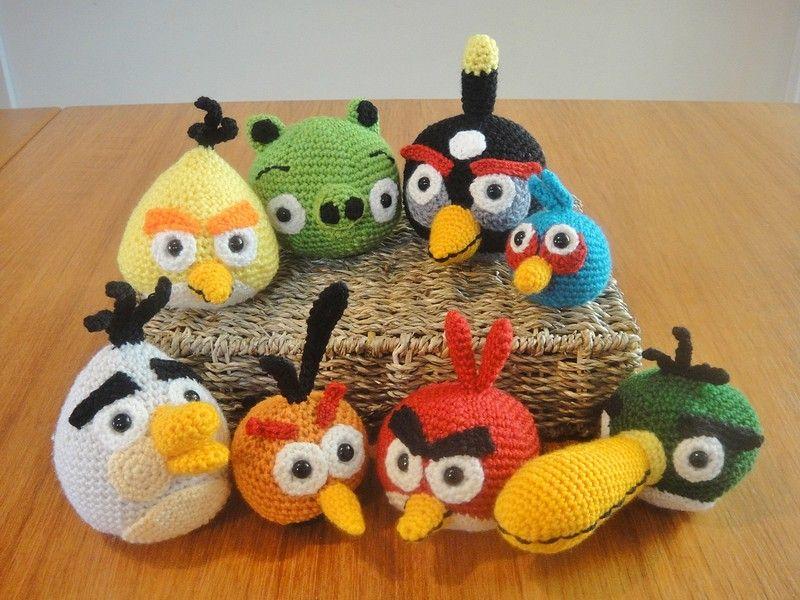 Amigurumi Angry Birds: Pink Bird - 7 Robots | 600x800