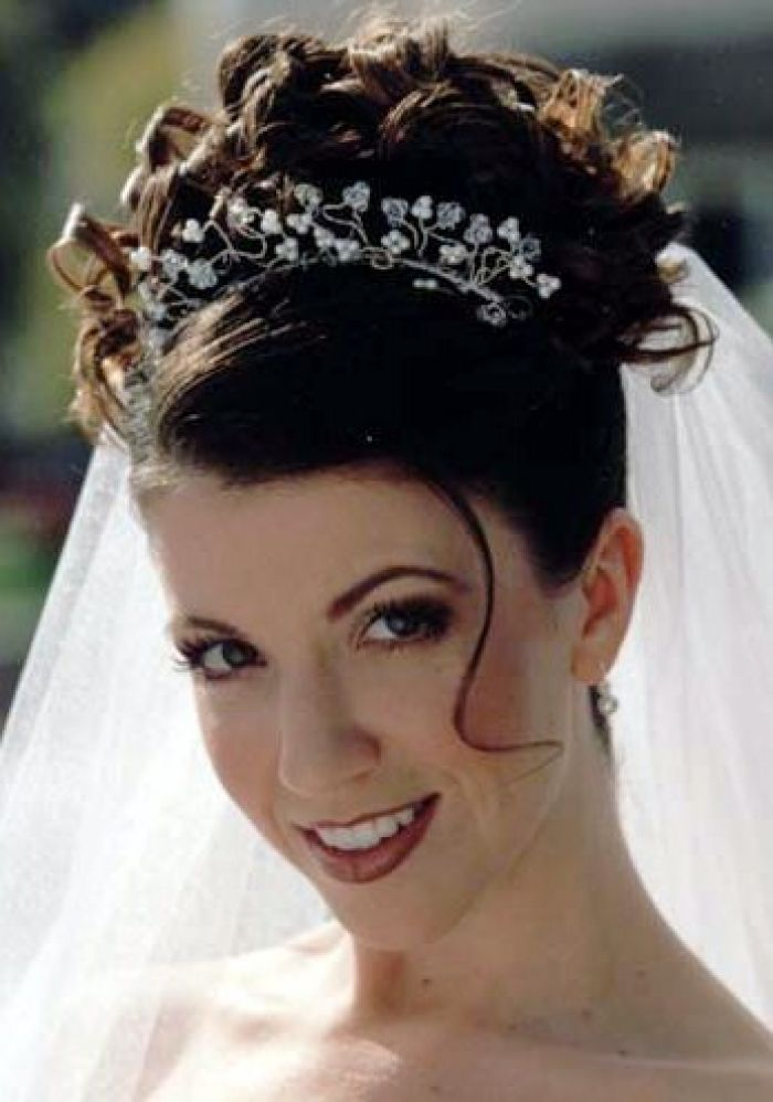 Wedding Hairstyles Curly Hair Veil Google Search Unique