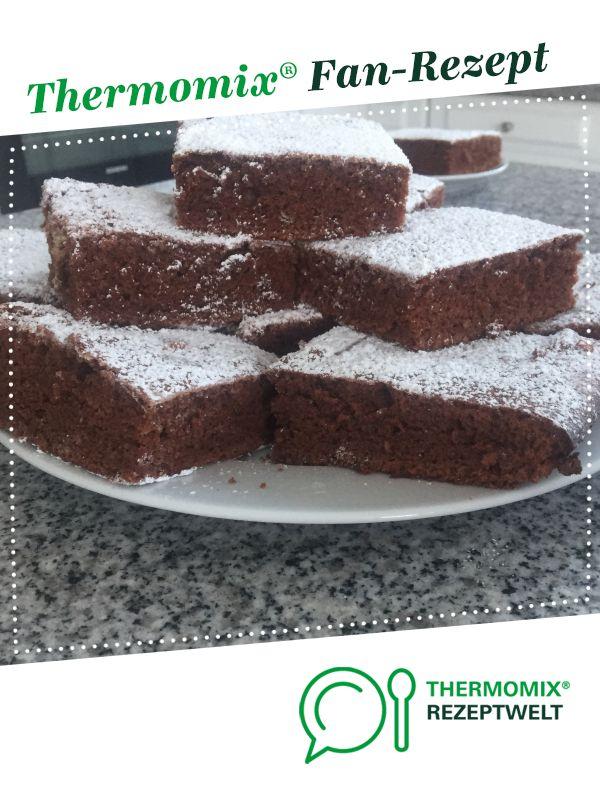 Saftiger Schokoblechkuchen Mit Ol Rezept Schokoblechkuchen Schokoladenblechkuchen Und Thermomix Kuchen