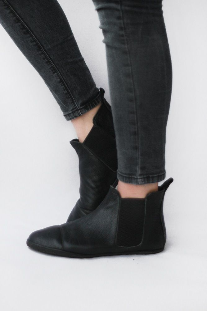 Chelsea Boots In Pebbled Black Barefoot Boots Leather