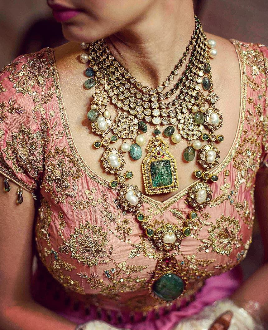 The MOST Gorgeous Rani Haar Necklaces We've Spotted On Real Brides