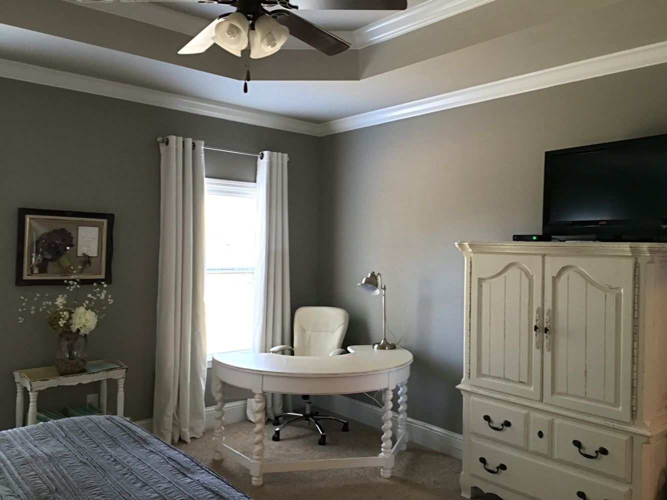 Sherwin williams dorian gray walls and sherwin williams - Gray color schemes for living room ...