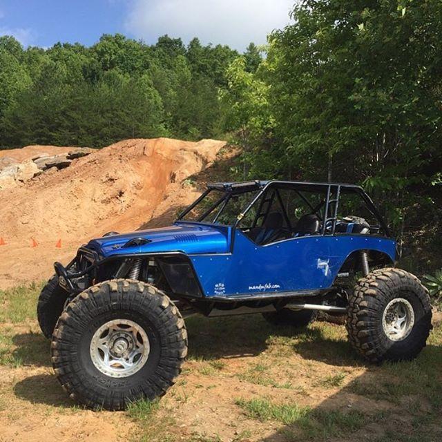 Instagram Offroad Hill Climb Jeep