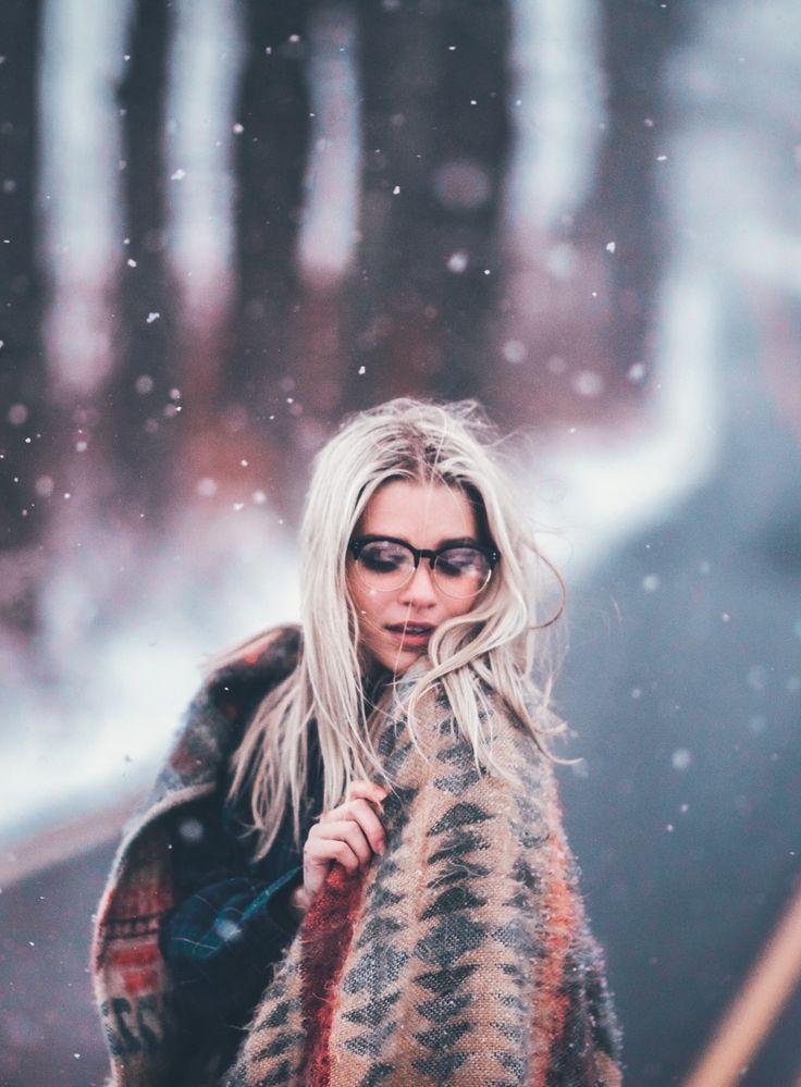 Winter - Clear Semi-Rimless Round Retro Non Prescription Glasses