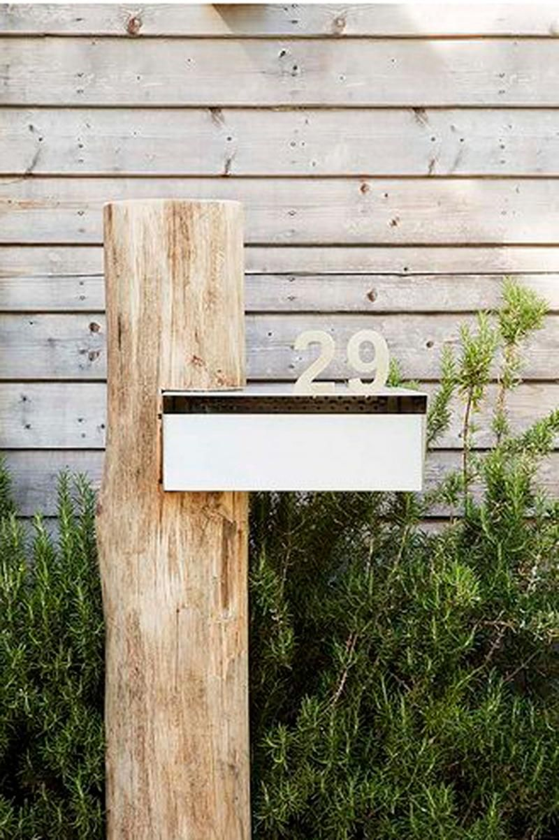 9 Classic Examples Of Curb Appeal House Front Letter Box Front