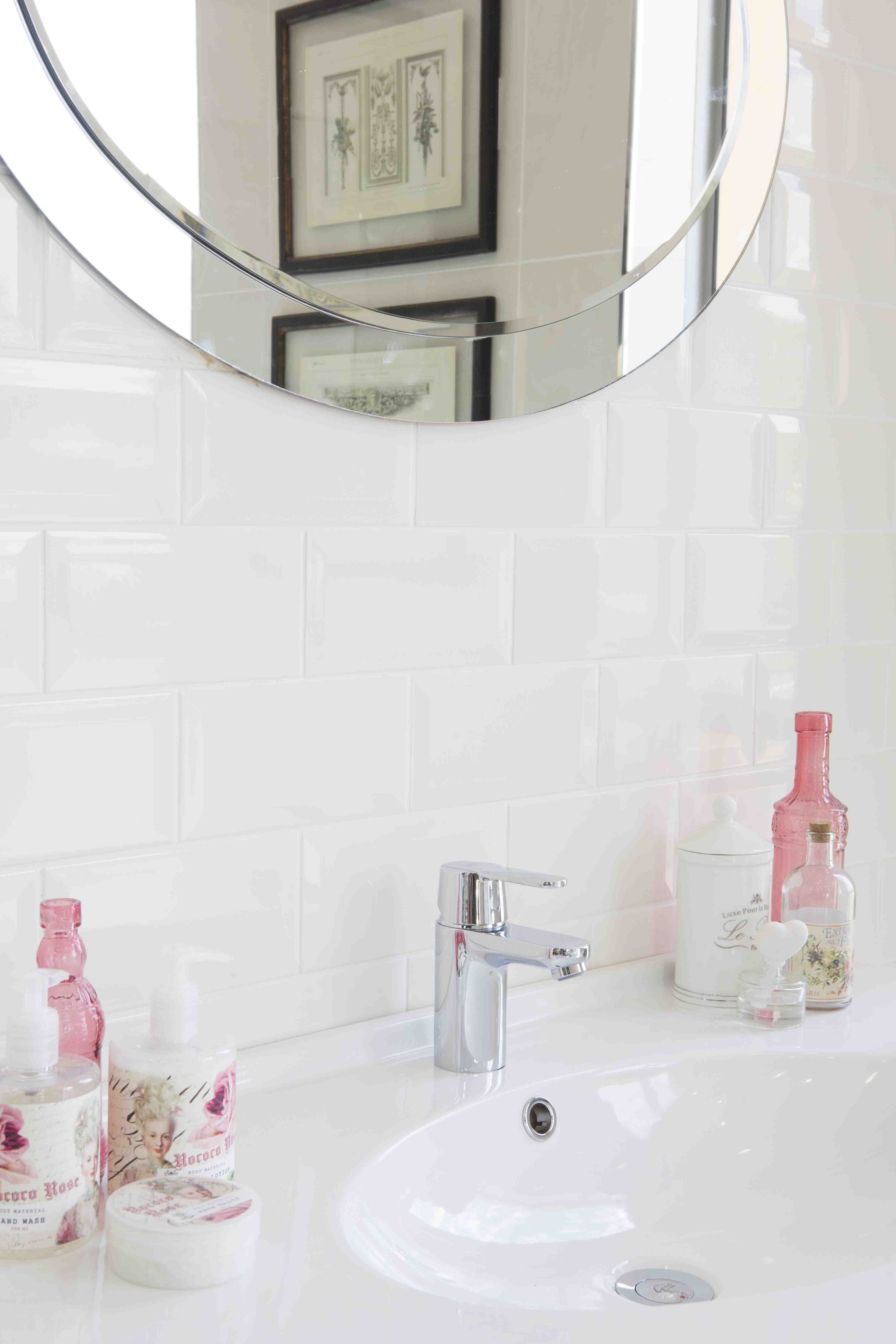 Bathroom Accessories In Soft Kisses Of Pink Complement A Inspired By Romance