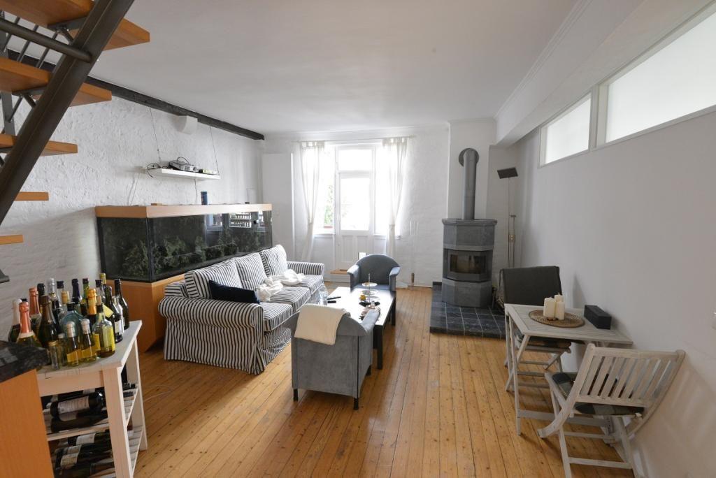 Schone Wohnung In Frankfurt Am Main Mit Holzernem Dielenboden Wohnen In Frankfurt Am Main Frankfurt Dielenboden Apartmen Schone Wohnungen Wg Zimmer Wohnen