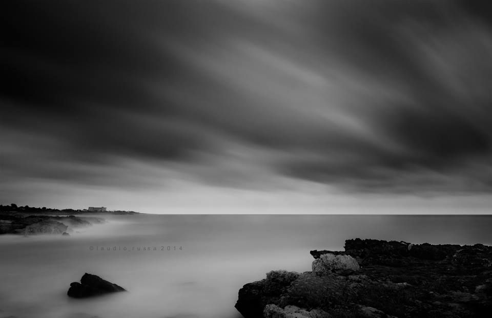 SELECTION OF THE DAY by @ExpoFineArt > Titolo >  Scorrendo > Peschici - 2014 > Claudio Russa  > #Expo #FineArt #Photography > #Landscape