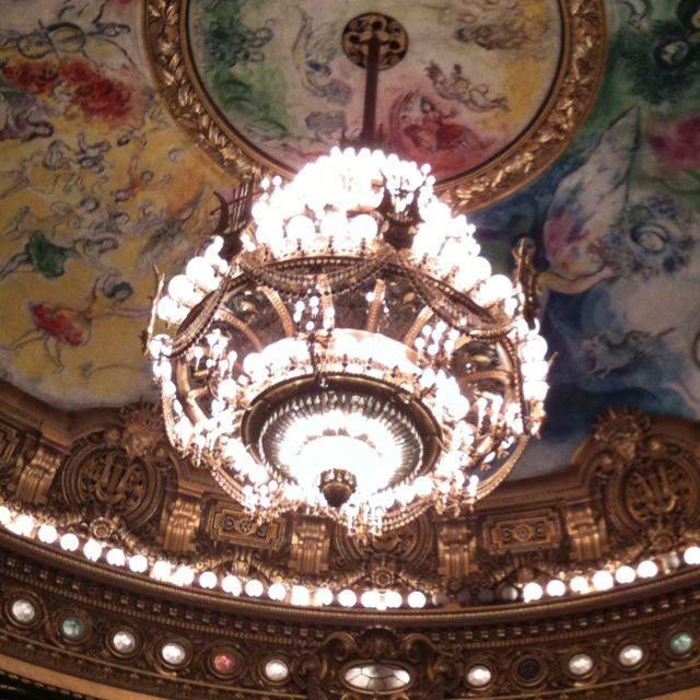 Chandrier à l'Opéra garnier