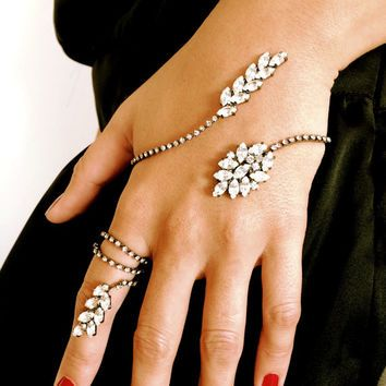 Hand Bracelet Ring Hand Cuff Chain Wraps Slave Stackable