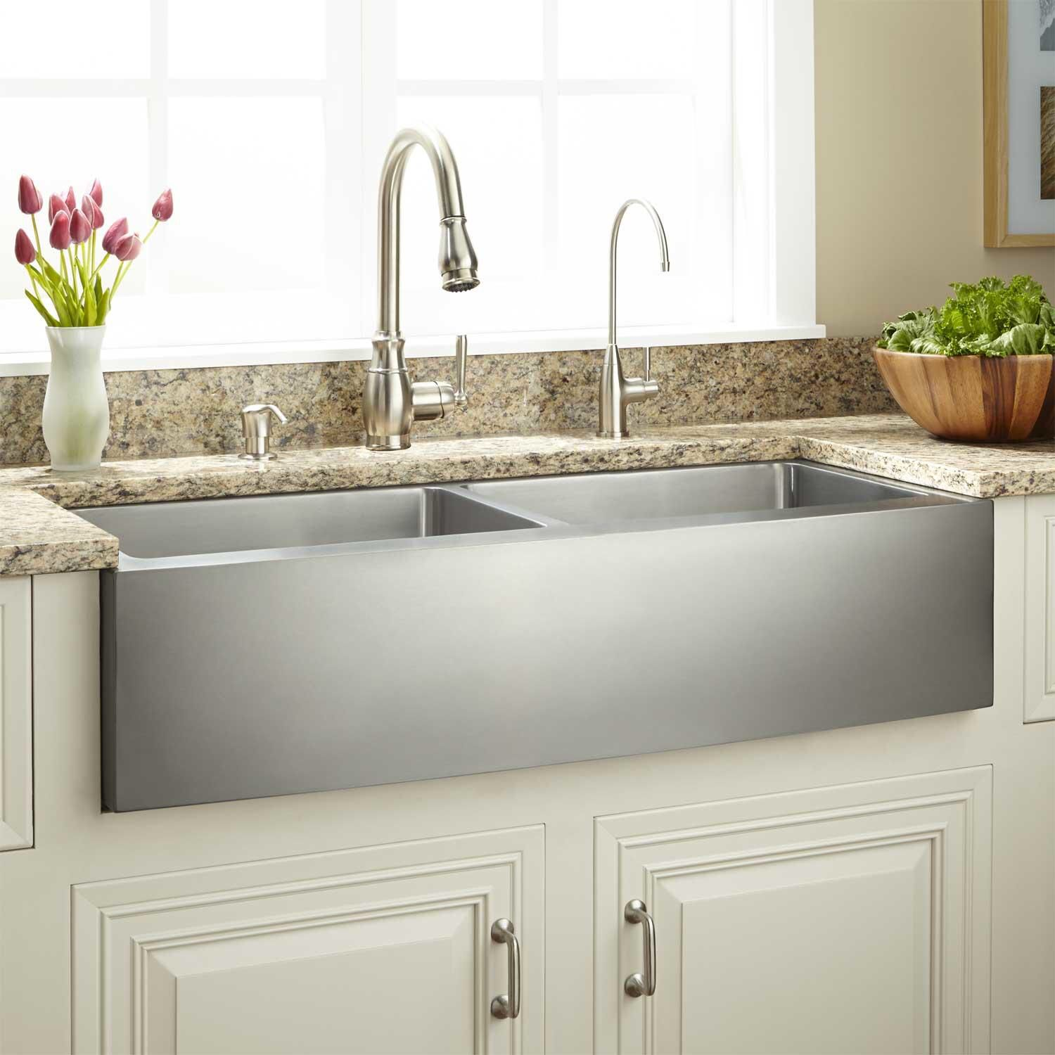 Pin by Ruth Parrish on Kitchens Farmhouse sink kitchen