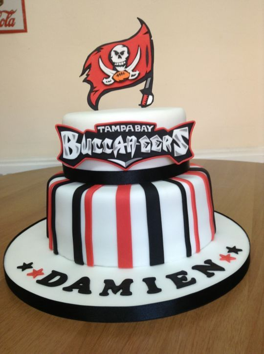 Pin by Tampa Bay Buccaneers Fan HQ on Tampa Bay Buccaneers Cakes ...