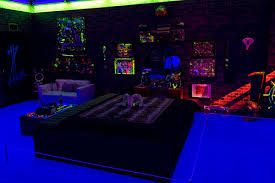 blacklight room Google Search (With images) Chill room