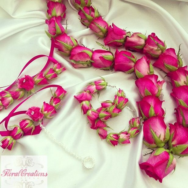 Mehndi Flower Jewelry Mississauga : Mehndi gajra corsage flowers pinterest