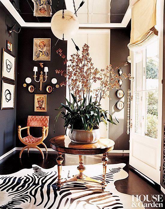 Integrating A Zebra Rug Into 7 Different Interior Themes Black Painted Walls Decor Decor Inspiration