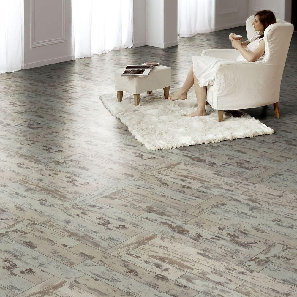 Hampton bay maui whitewashed oak 8 mm thick x 11 12 in wide x 46 hampton bay maui whitewashed oak 8 mm thick x 11 12 in wide x 46 12 in length click lock laminate flooring 2228 sq ft case doublecrazyfo Choice Image