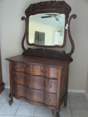 Antique American Quarter Sawn Oak Tiger Dresser With Mirror