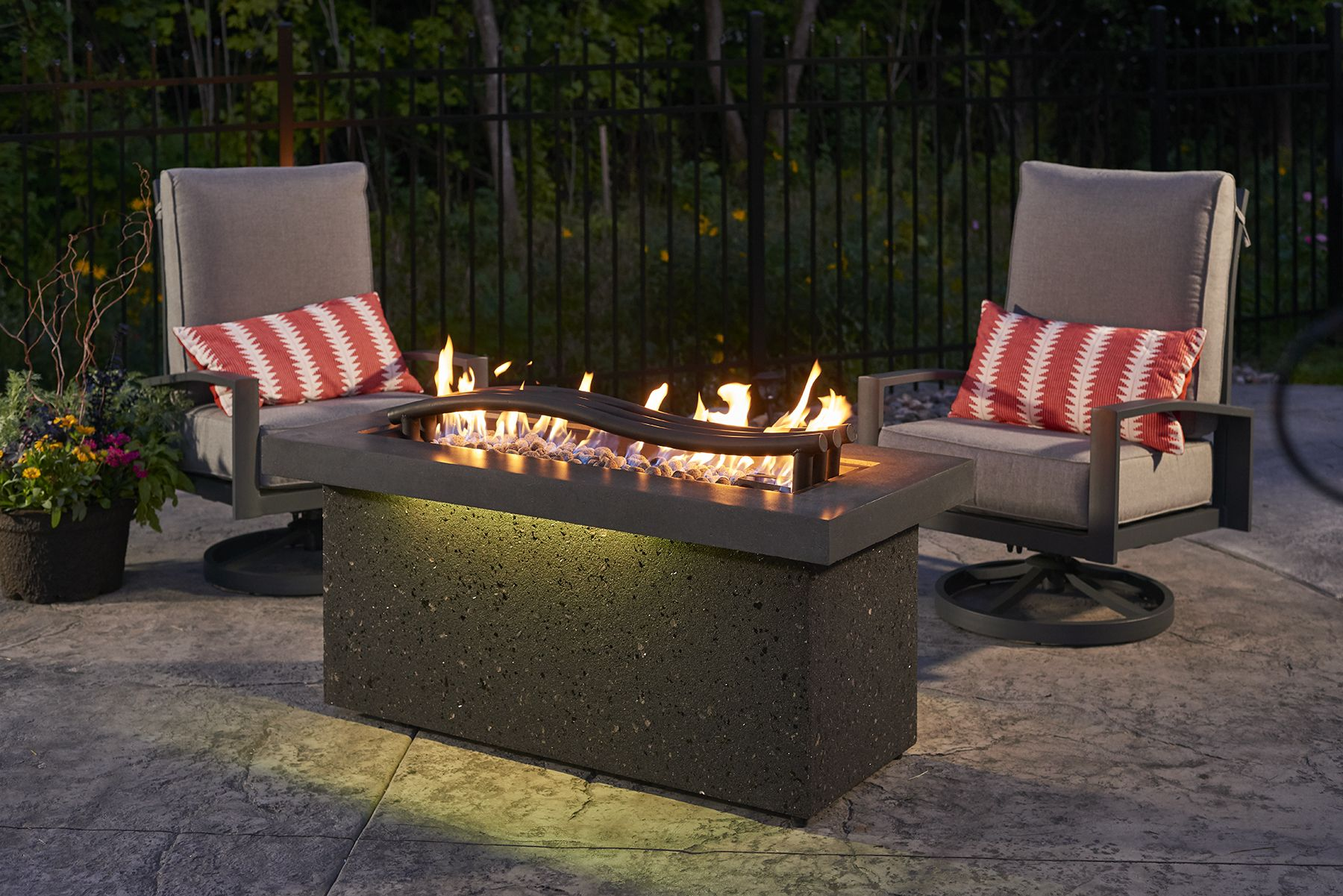 Multi Color Led Light With This Awesome Modern Fire Pit Table Available For Purchase At Home Fire Stove And G Fire Pit Backyard Backyard Fire Fire Pit Designs