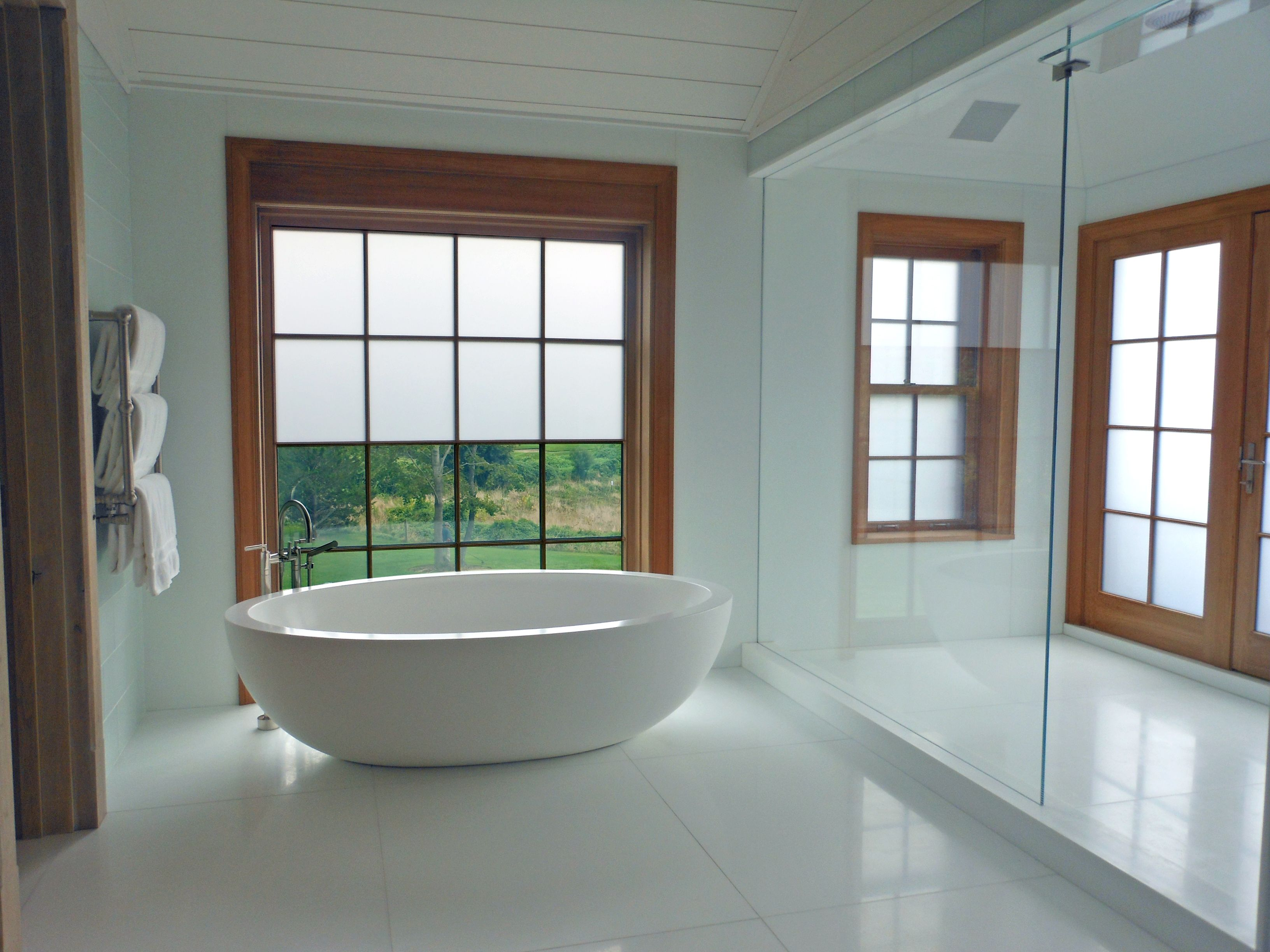 Electronic tint home windows variably controlled privacy glass switchable dynamic glazing innovative glass