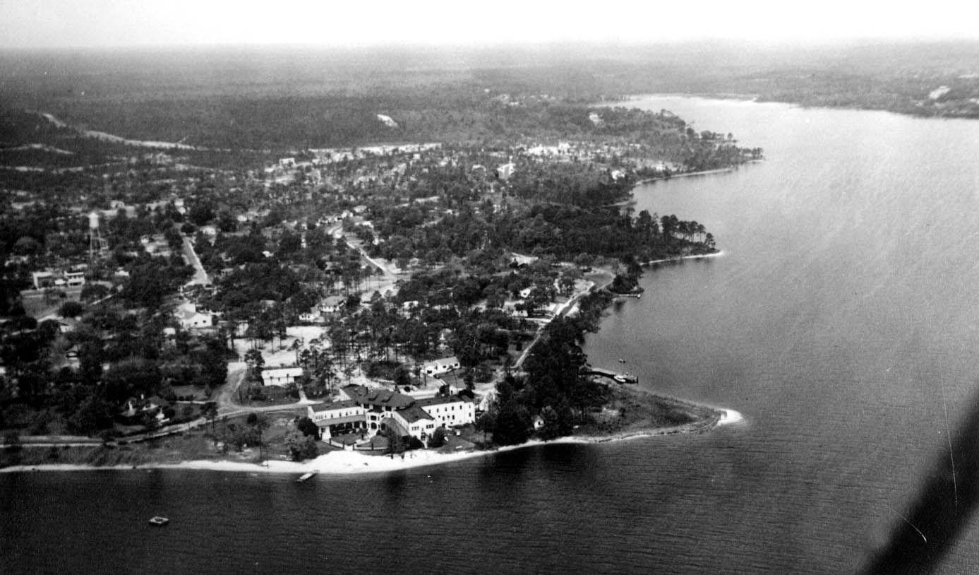 Florida Memory Aerial view of Valparaiso Inn 1949