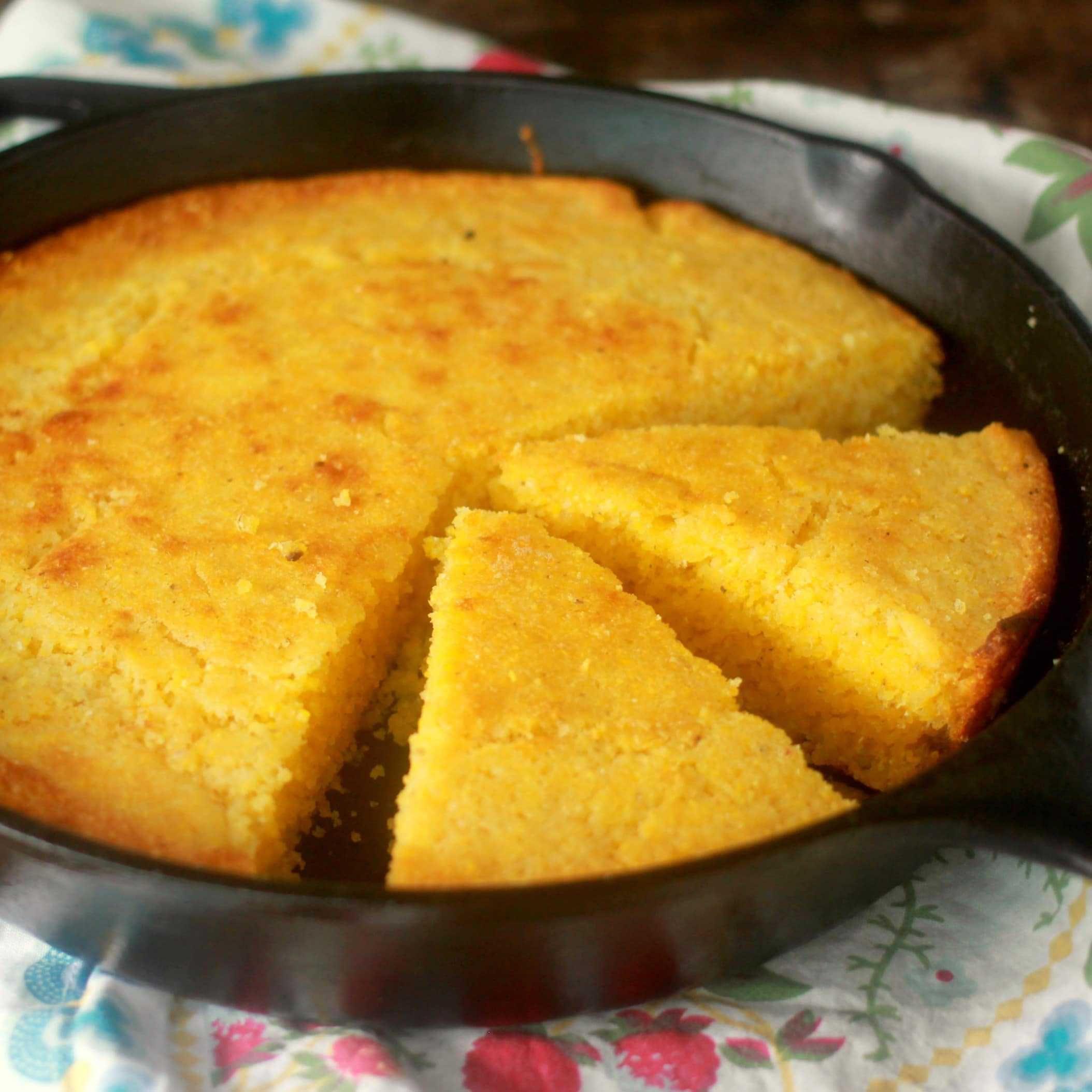 Easy Moist Cornbread Recipe Baker Bettie Recipe Cornbread Recipe Sweet Moist Cornbread Easy Moist Cornbread