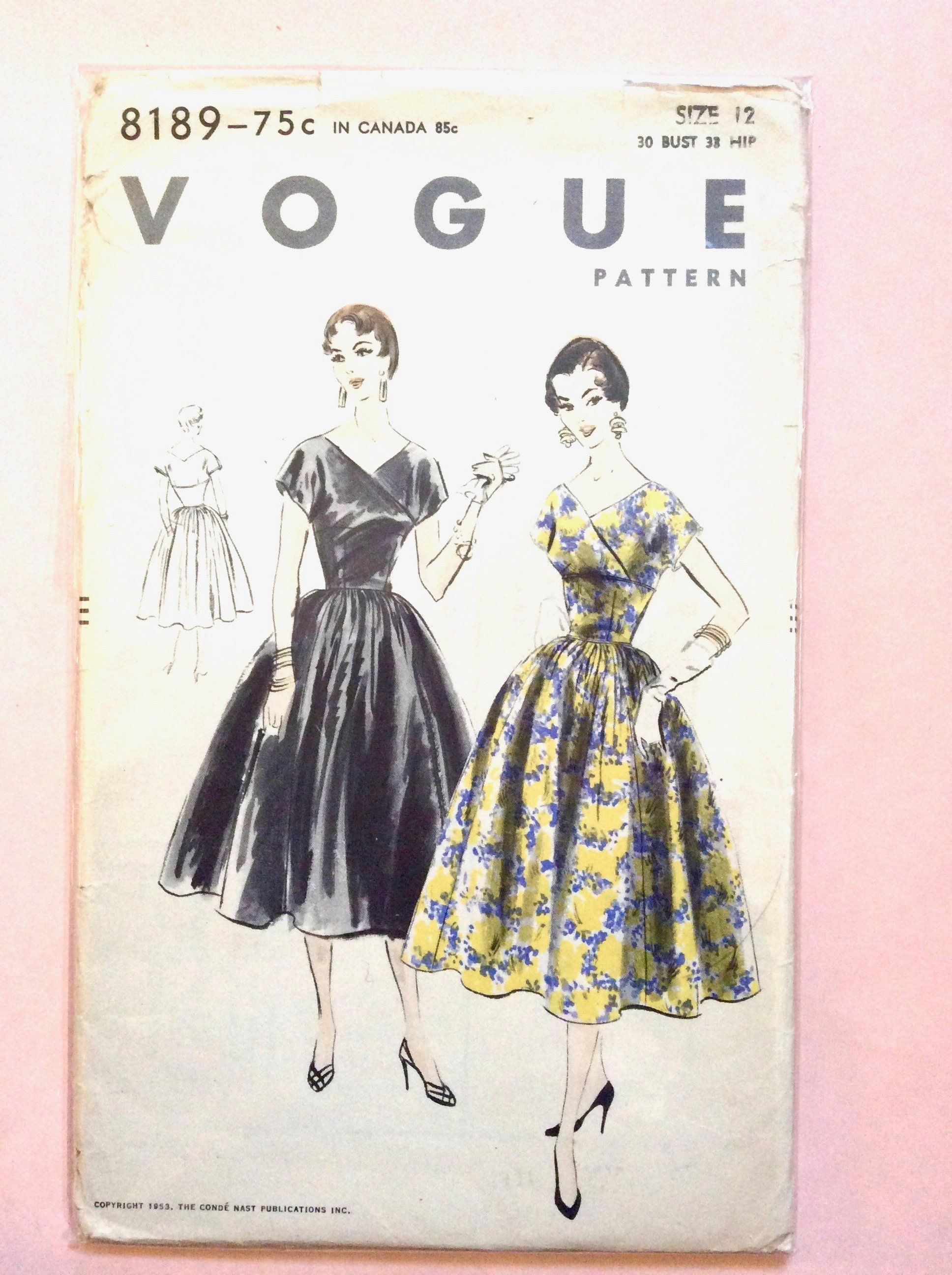 Vogue 8189 1950s Wrap Dress Pattern Bust 30 Hip 33 Inches Vintage Sewing Pattern [ 2592 x 1936 Pixel ]