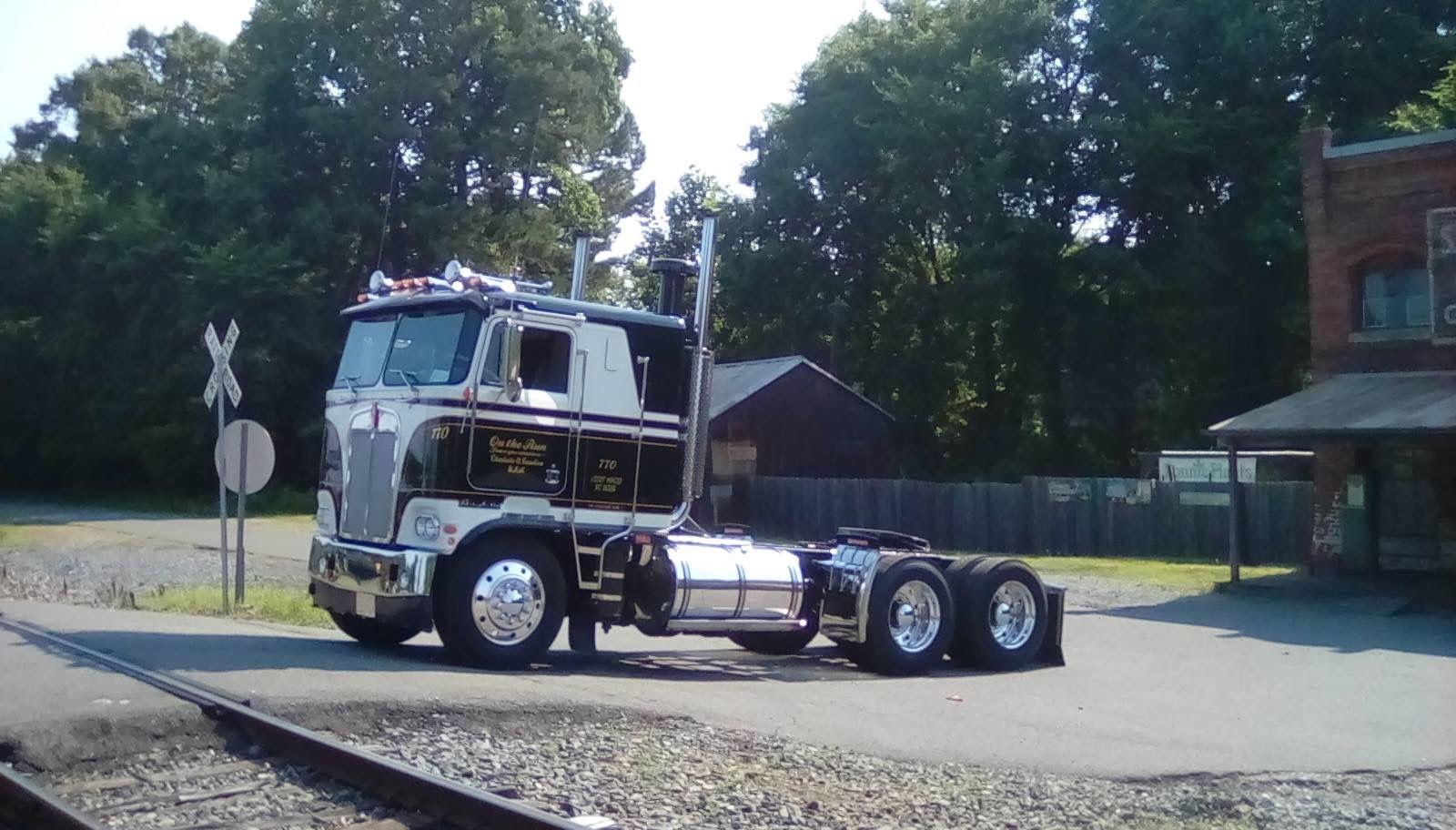 Kenworth K100 Kenworth, Cool trucks, Kenworth trucks