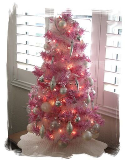 my idea's for the girls tree this year are BUZZING!!! this is cute ...