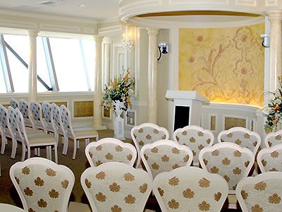 chapel in the clouds at stratosphere las vegas nevada wedding venues 3