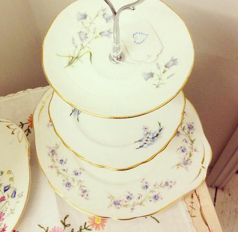 Pretty three tier vintage cakestand - blue floral